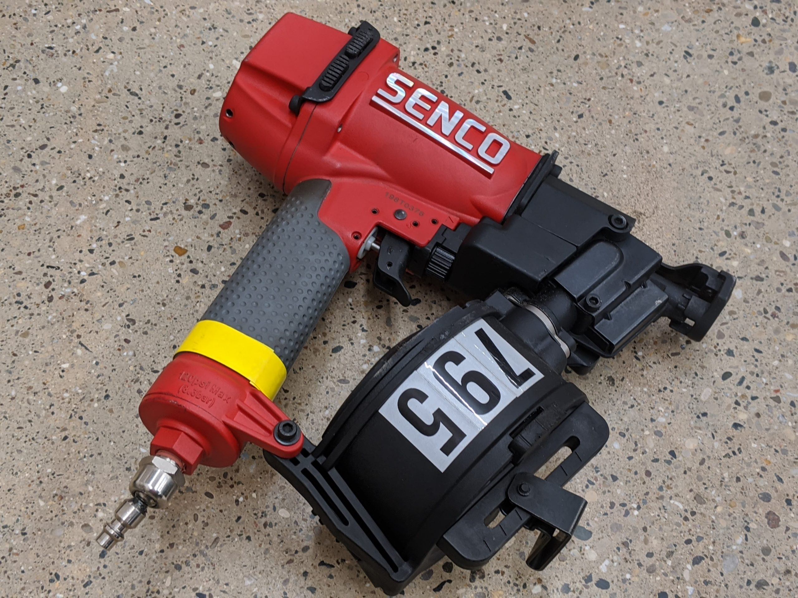 nailer-roofing-scn40r